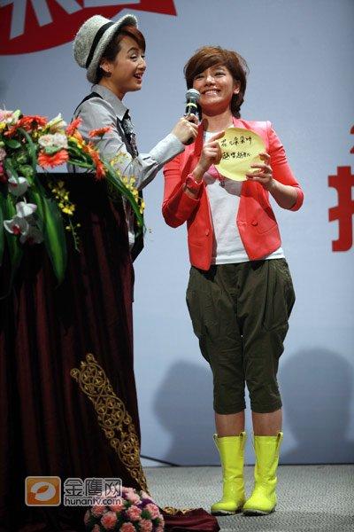 《花儿朵朵》启动 代言人江映蓉揭示比赛口号