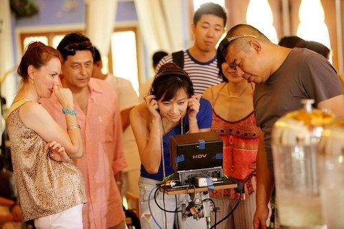 徐静蕾做商人有模有样 自导自演《杜拉拉》将映