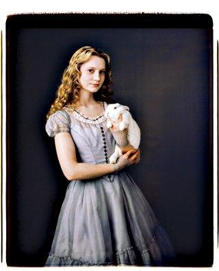《爱丽丝梦游仙境》今日上映 观影体验男女有别