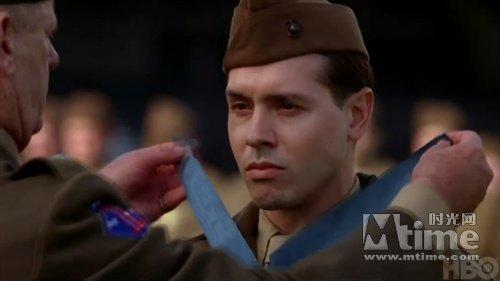 《太平洋战争》第三集预告:返美授勋凸显爱情