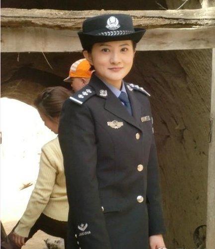 《西部警官》拍摄进行时 金铭出演女警大放异彩