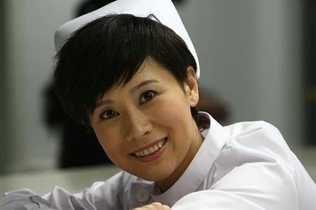 女主角海清继《双面胶》