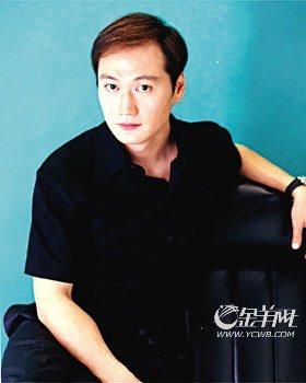 香港三级片男星回顾 徐锦江最粗鲁吴彦祖最帅