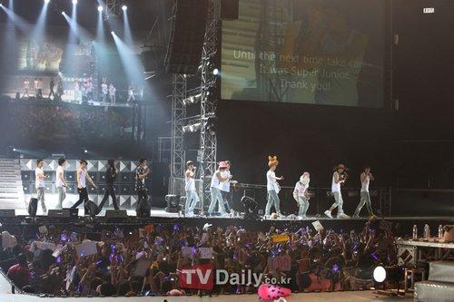 Super Junior《Super Show2》亚洲巡演完美谢幕