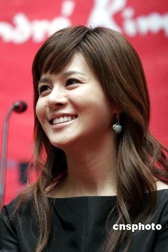 韩国娱乐圈再爆性爱丑闻 女歌手Ivy再次被怀疑