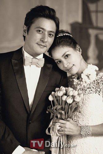 准新娘高小英证实怀孕 张东健荣升做爸爸