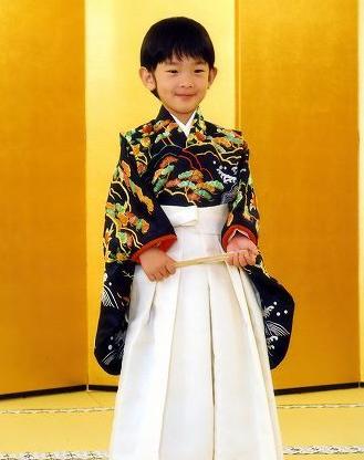 日本小皇子就�x小�W受�g迎 有女孩表示要做皇妃