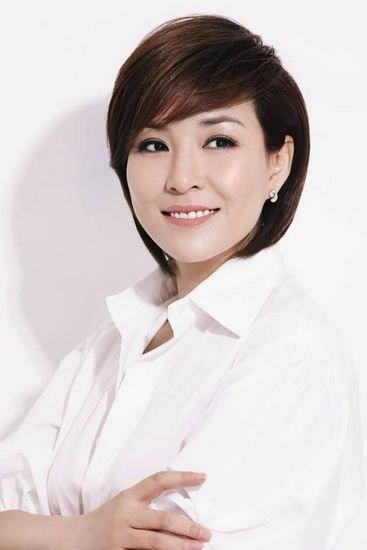 著名主持人李静呼吁支援地震灾区 捐款20万元