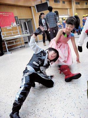 腾讯记者直击春晚后台 小演员身怀绝技个个强