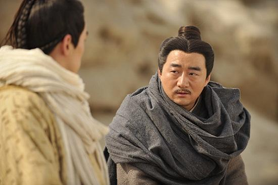 王春元《风中奇缘》演狠角 成九爷身边话事人