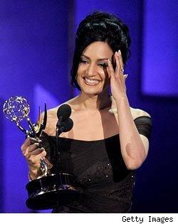 阿奇·潘贾获艾美最佳女配 感谢安吉丽娜·朱丽
