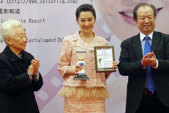 许晴担任中国电影形象大使 谈中美电影拍摄感受