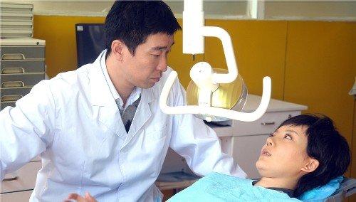 """王千源《说谎的爱人》扮牙医 被称""""新好男人"""""""