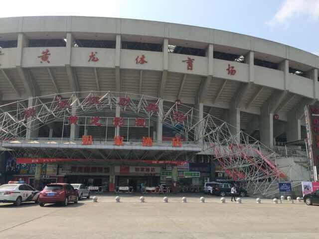 《好声音》杭州演唱会筹备出意外 脚手架坍塌