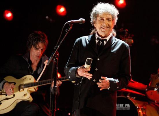 史密森肖像馆将为诺贝尔得主Bob Dylan立肖像