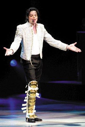 迈克尔·杰克逊故乡加里市宣布为其办52岁冥诞