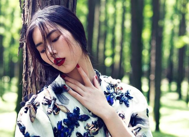 刘雯凭什么成为国际超模