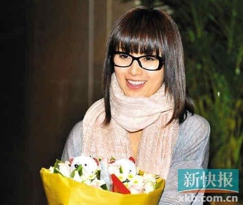 传酒井法子欲搭档李连杰谋复出 片酬达1亿日元