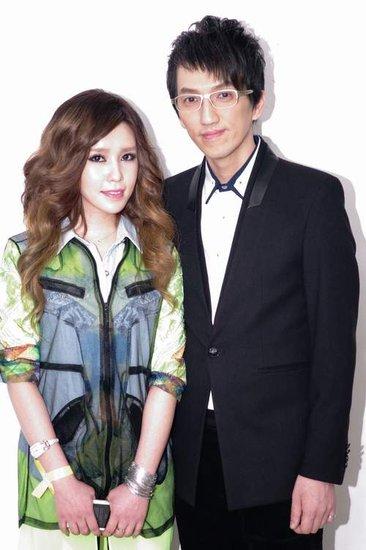 第20届北京大学生电影节闭幕 许艺娜为梦想献唱