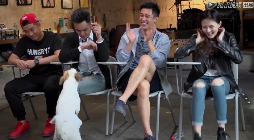 在阮经天被狗哔的部分,用了激烈的背景音乐