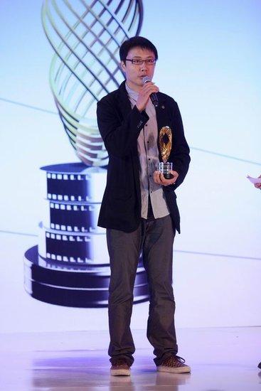 《秋之白华》创意新颖 传媒大奖斩获两大殊荣