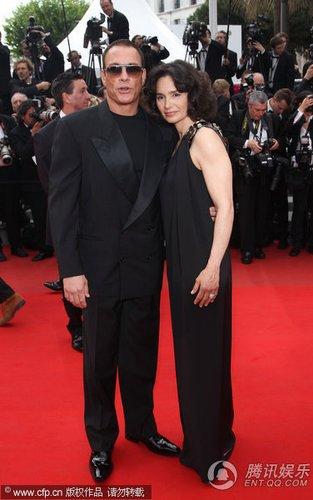组图:戛纳电影节红毯 尚格-云顿和爱妻亮相