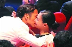 """锋芝离婚始末:3个月离婚""""大戏""""完结4年婚姻"""