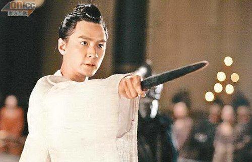 昆汀拍新片发扬中国武术 吴彦祖造型中西合璧