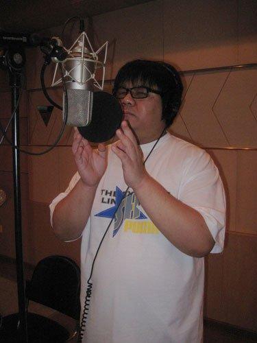 星光大道歌手杨光呼吁回报社会 将推出感恩歌曲