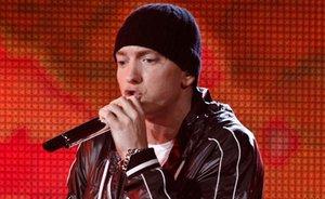 Eminem唱片登排行榜首位 音乐节助艺人唱片销量