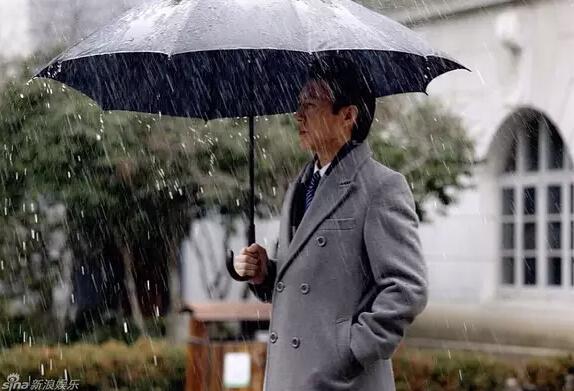 老干部靳东除了和霍建华聊台湾问题,还说过啥女生原的图片宿图片