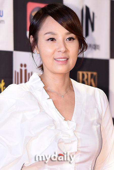KBS2TV新剧《学校2015》将播 韩艺人全美善