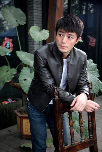 《一一向前冲》主创-霍建华饰演曹砚