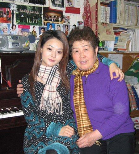 恩师孟玲寄语晏菲 音乐的魅力在于文化创意