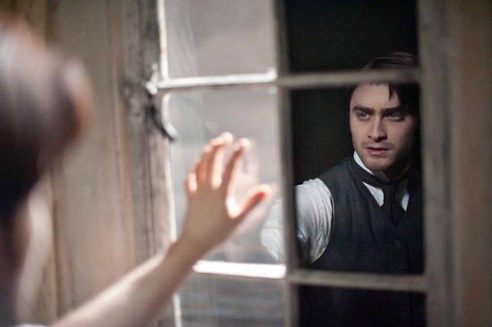 小魔法师华丽转型 《黑衣女人》9月20日公映