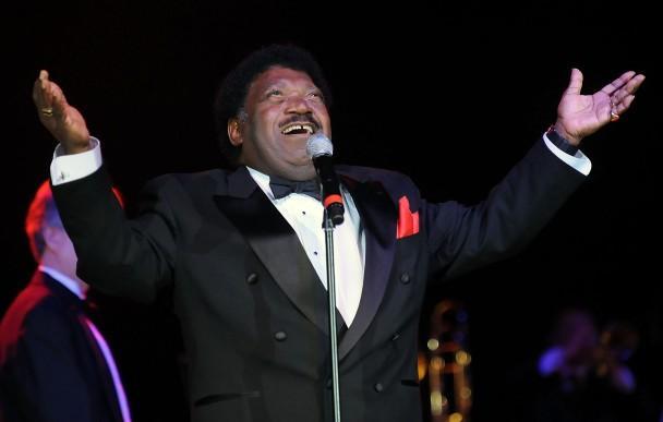 《当男人爱上女人》原唱歌手去世 享年73岁