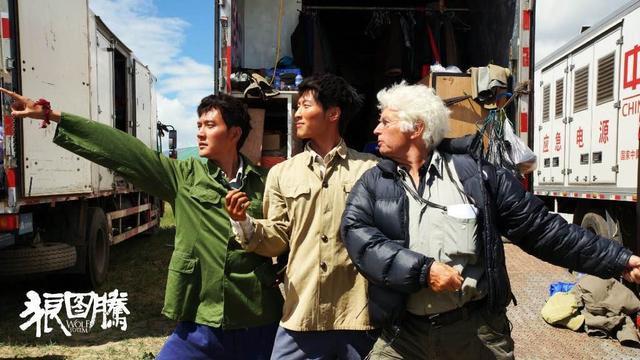 《狼图腾》回馈市场 中影票补贴推国产片扬威