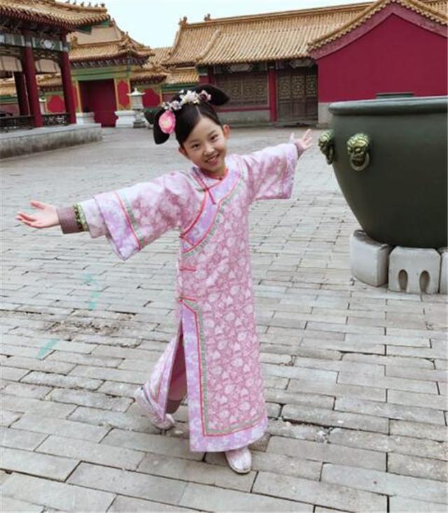《如懿传》杀青 晨媛儿完美诠释九公主璟妘