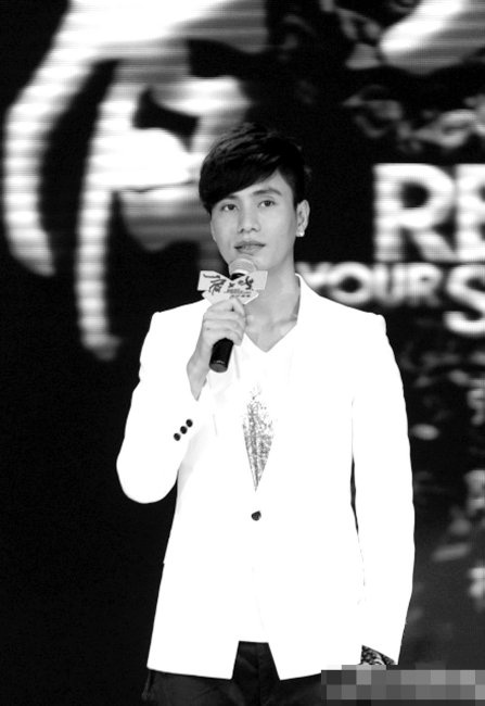 《肩上蝶》发布主题曲 陈坤欲教儿子学习爱情