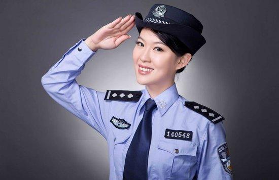中国公安警服_福州女刑警登《非常了得》 成功挑战终极大奖