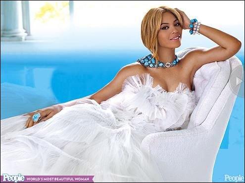 碧昂斯被评为世界上最美女性 朱莉亦榜上有名