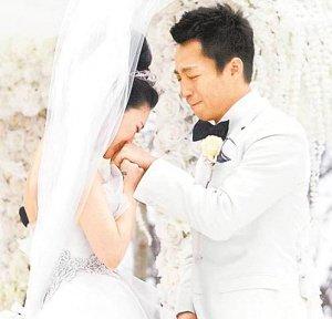 网友爆料称汪小菲婚礼打大S 女方则破口大骂