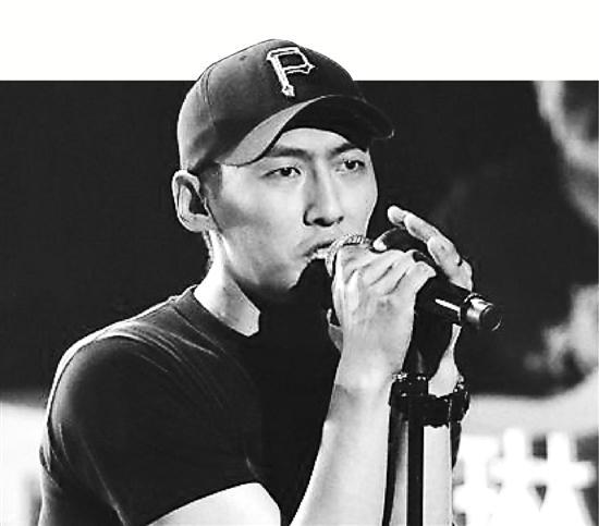 《新歌声》人气榜周冠军刘文天不满自己表现