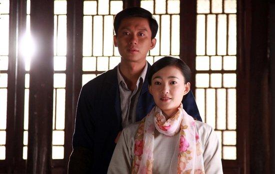 【喔喔】电视剧《理发师》热播 李晨完美诠释铁汉柔情