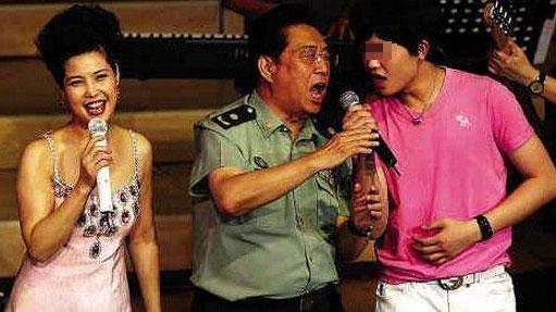 李某某强奸案6名律师被给予行业纪律处分