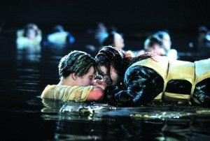 《泰坦尼克号》视效无惊喜 怀旧比3D更有杀伤力