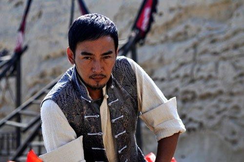 盗墓片《惊情》6月上映 焦恩俊转型西北硬汉