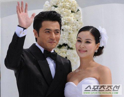 张东健高小英顺利完婚 发亲笔信感谢粉丝祝福