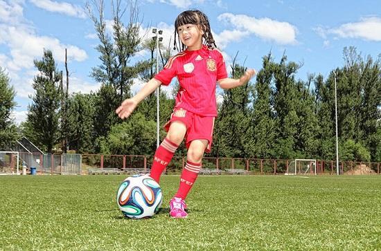 腾格尔儿子受伤 森碟有望补位《中国足球梦》
