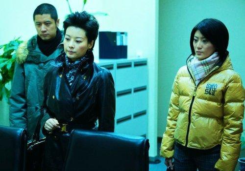 李婳出演《婚姻保卫战》 知性秘书PK强势老板
